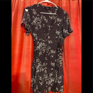Lulus button up short dress cinches on sides